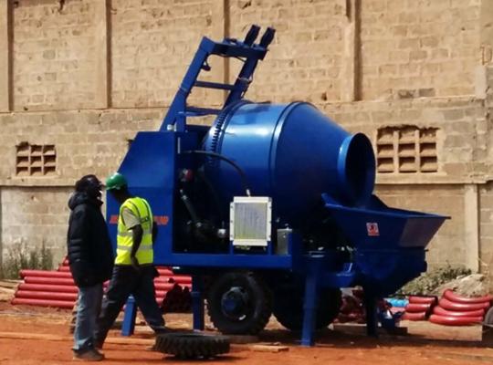 Aimix bomba de concreto es adecuada con culquier sitio de construcción