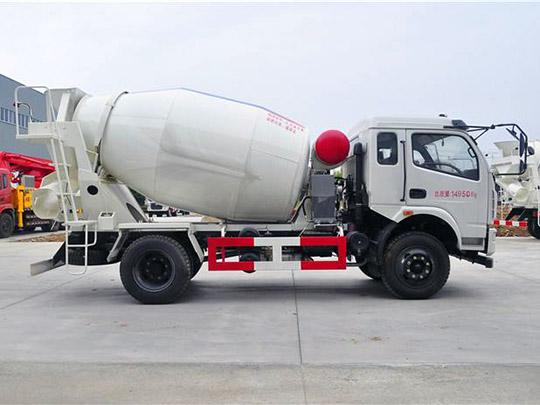 5m3 Camión Revolvedora de Hormigón en Venta